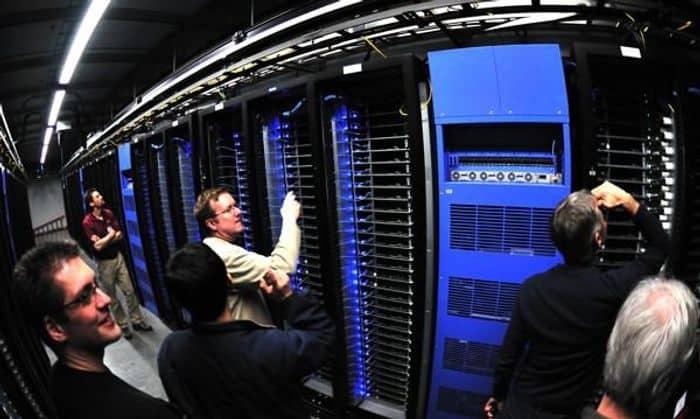 Cara Memilih Layanan Pengelolaan Infrastruktur Data center yang Sesuai
